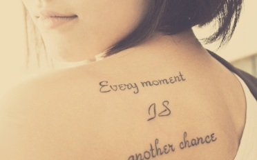 mood-girl-with-tattoo-every-moment-is-another-chance-1152x720