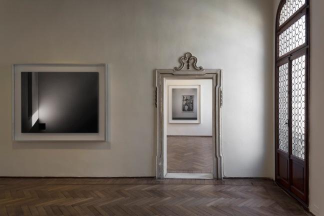 2.-Modern-Times-Hiroshi-Sugimoto-Fondazione-Bevilacqua-La-Masa-Venezia-2014